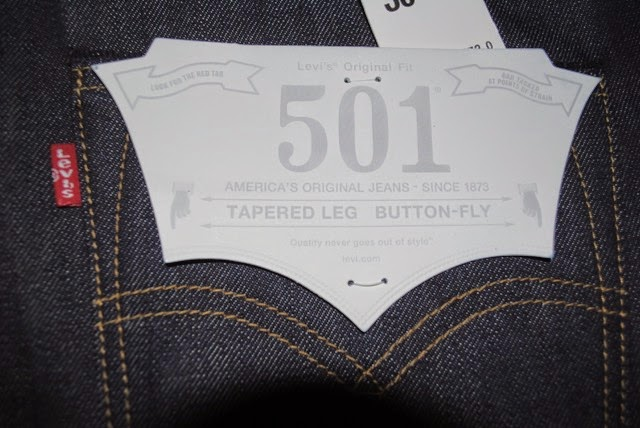 501-1995 Made in the USA right back pocket with flasher