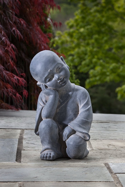 garden buddha statues