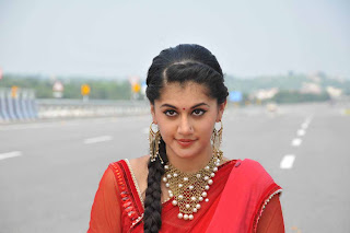 Taapsee Pannu in Red Saree on National Highway