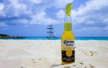 Wallpaper: Cold Corona in the hot sand