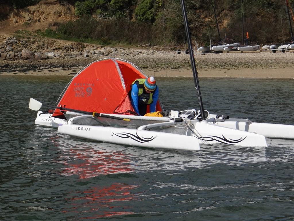 Liteboat-navigationTent.jpg