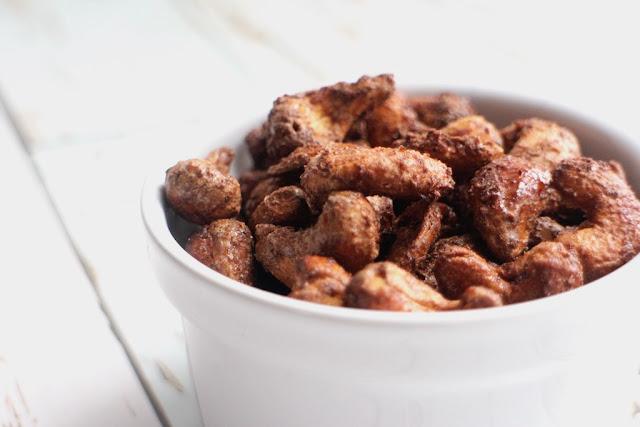 Vegan maple cinnamon roasted cashews recipe