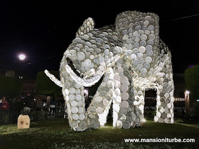 The Elephant at the Artisan Nativity in Morelia
