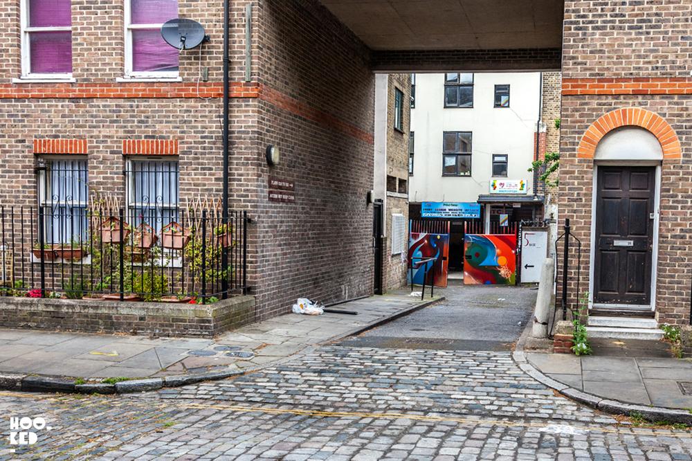 Street-Art-Tour-Brick-Lane Heneage Street