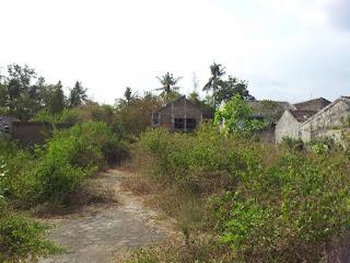 http://tanahperumahanjogja.blogspot.co.id/2015/11/tanah-dijual-di-jalan-lempongsari-yogyakarta-cocok-untuk-perumahan.html