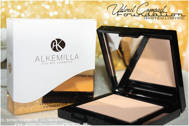 swatches applicazione velvet compact foundation, fondotinta compatto in crema alkemilla
