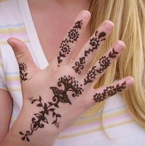 20 Anime Easy Henna Tattoos Ideas And Designs