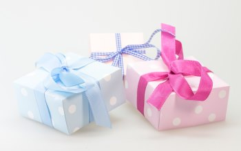 Wallpaper: Gifts
