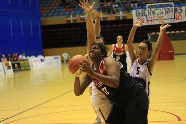 Baloncesto | La estadounidense Laura Hughes no sigue en el Ausarta Barakaldo EST