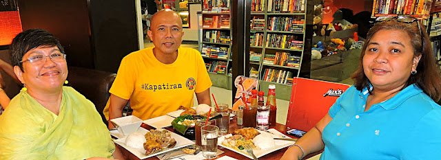 "Ray Abenojar & friends eat at Max's Restaurant, the ""House that fried chicken built."""