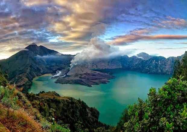 Gunung Rinjani - tempat wisata alam di lombok