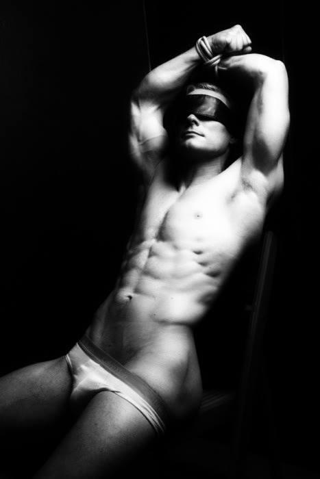 фото голых связанных мужчин