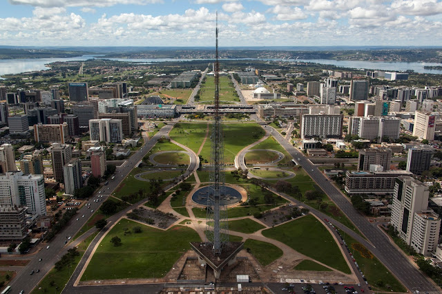 Brasília é a maior cidade do Centro-Oeste do Brasil