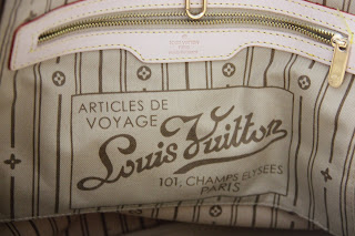 Detail of a Louis Vuitton bag Vietnamese