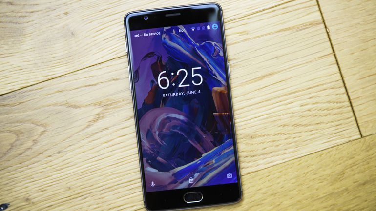 OnePlus 3 Gets OxygenOS 3.5.6 Beta With November Security Patch And More