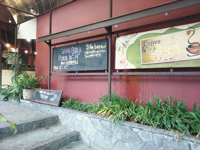 K Viesta Cafe & Coffee House Sukabumi