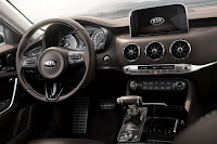 Kia Stinger (2018) Dashboard