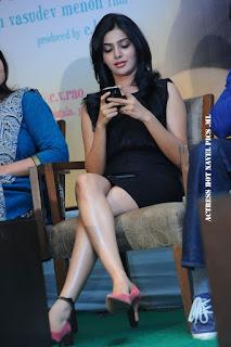 Samantha Hot Legs
