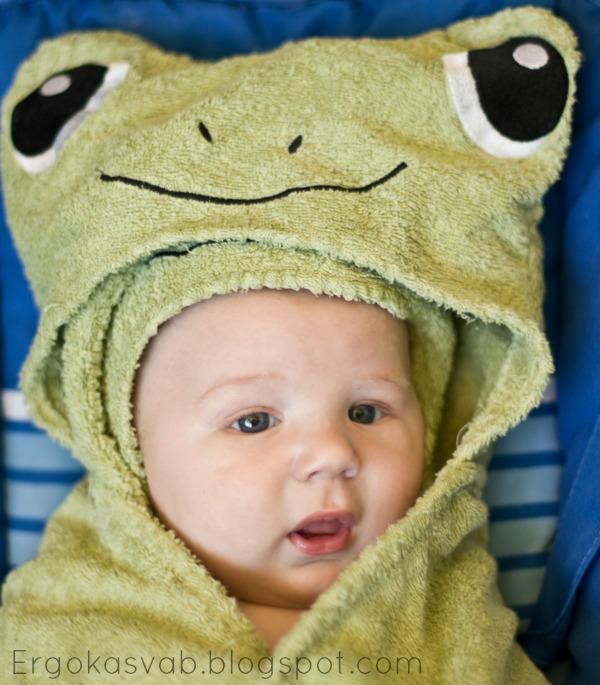 eb060f15f47 Väga mugav just suuremale lapsele ent kindlasti mugav ka vastsündinule.  Peaks kindlasti varuma 2 suuremat rätikut. Lisaks on meil 3-4 väiksemat ...