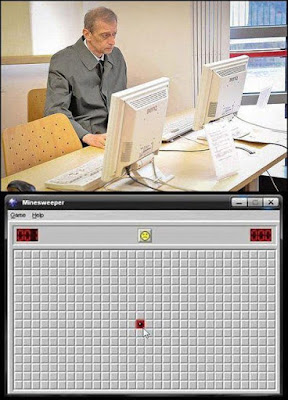 man playing minesweeper