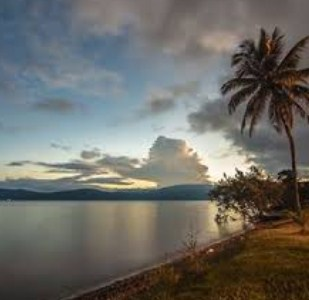 Amazing Keindahan Wisata Salonsa Beach di Luwu Timur Sulawesi Selatan