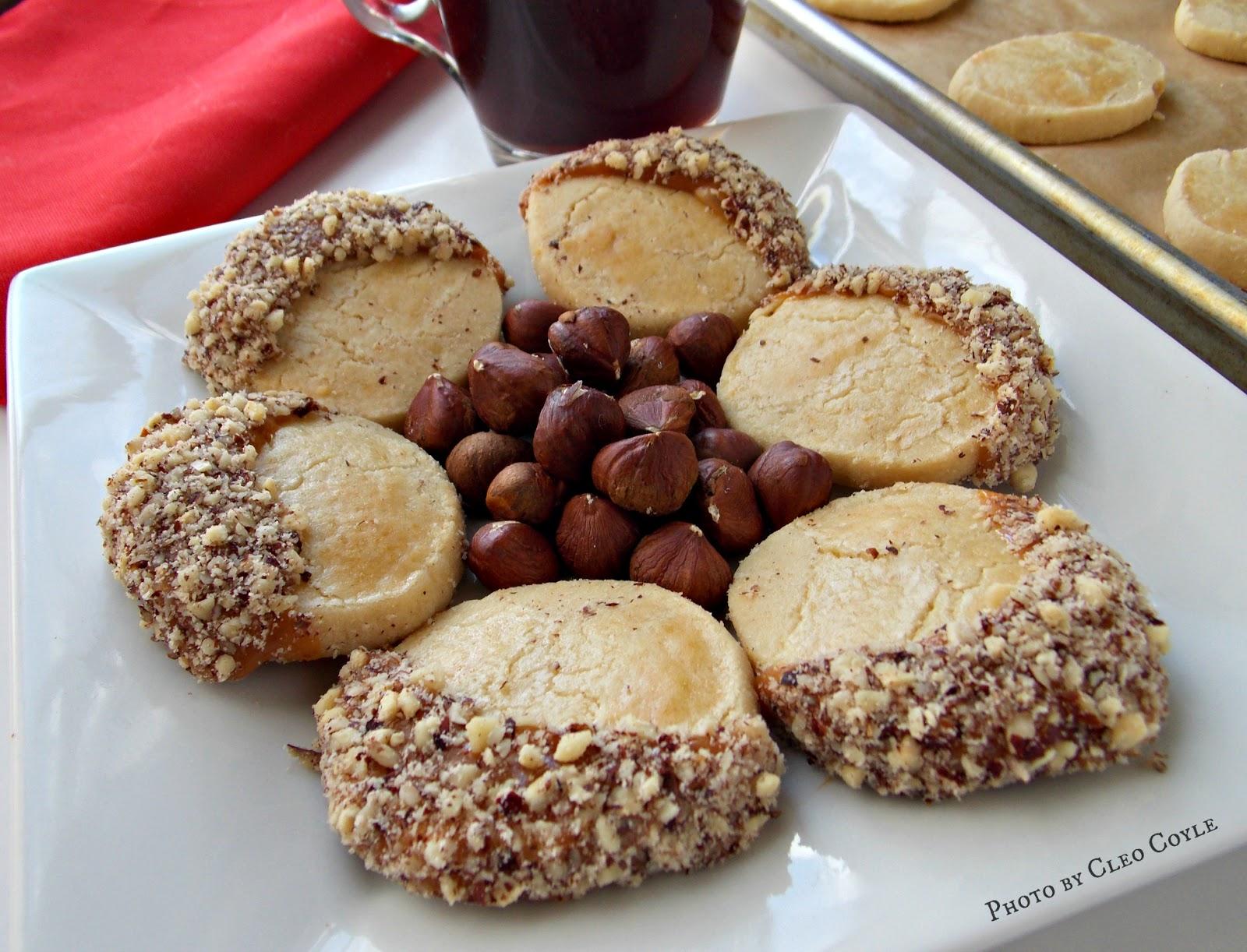 Mystery Lovers Kitchen Caramel Dipped Hazelnut Meltaway Christmas