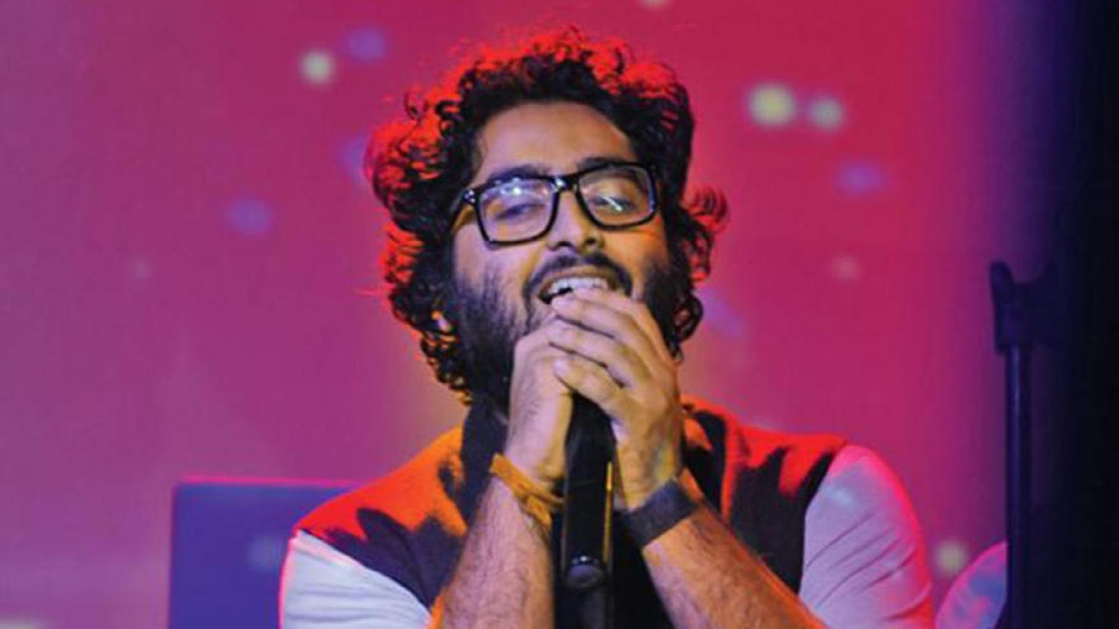 Best 55 Arijit Singh Hd Wallpapers And Beautiful Pictures Download