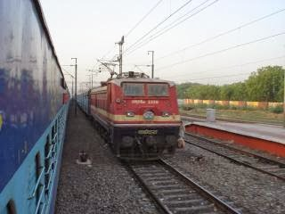 22207 Chennai Trivandrum Super AC Express