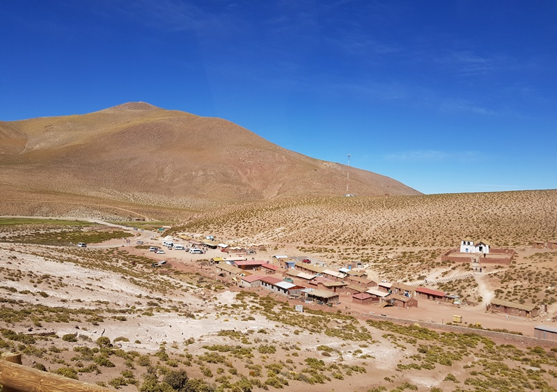Deserto do Atacama: Passeio ao Geysers del Tatio e Povoado de Machuca