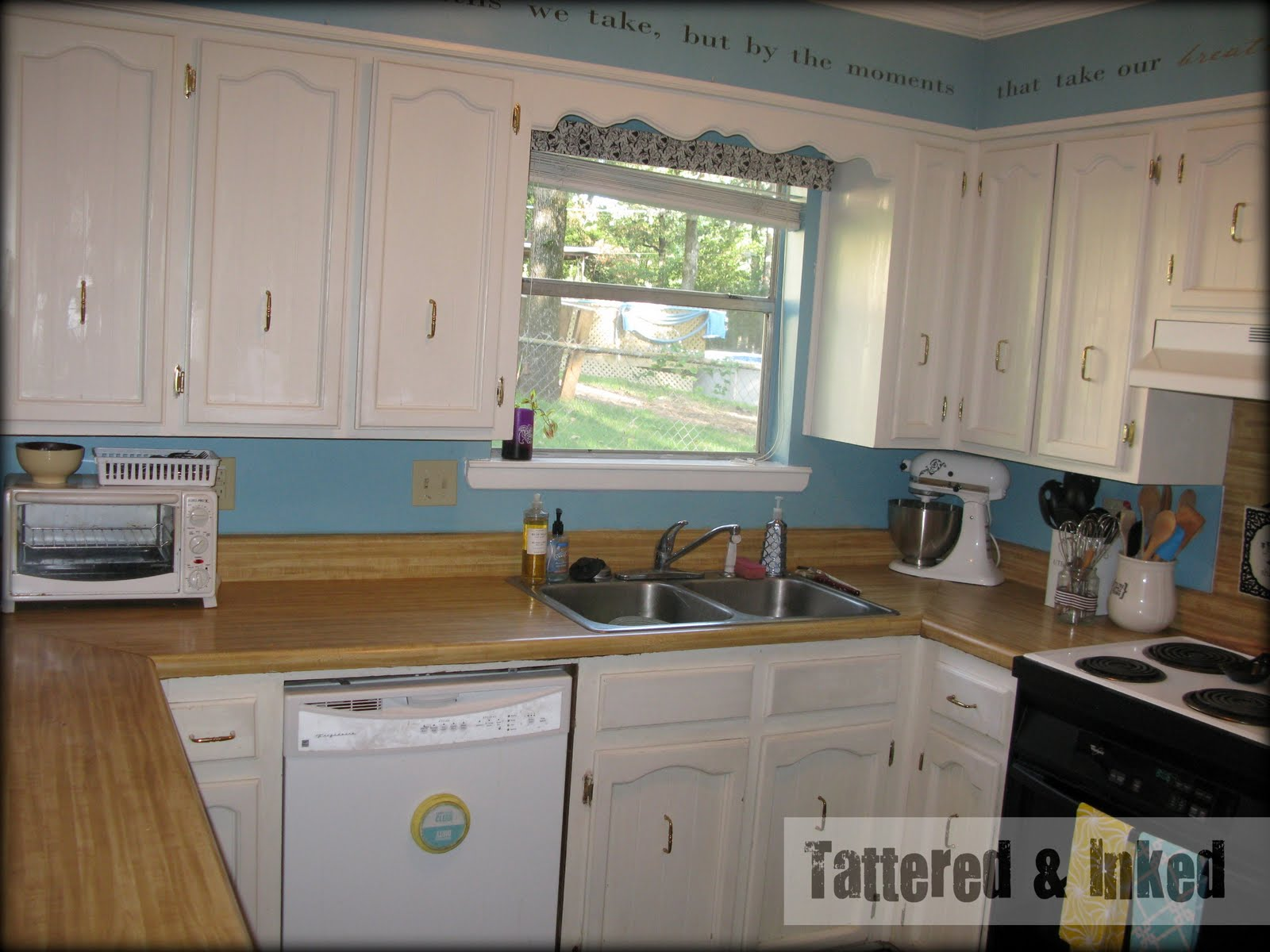 Formica Kitchen Countertops White Cabinets