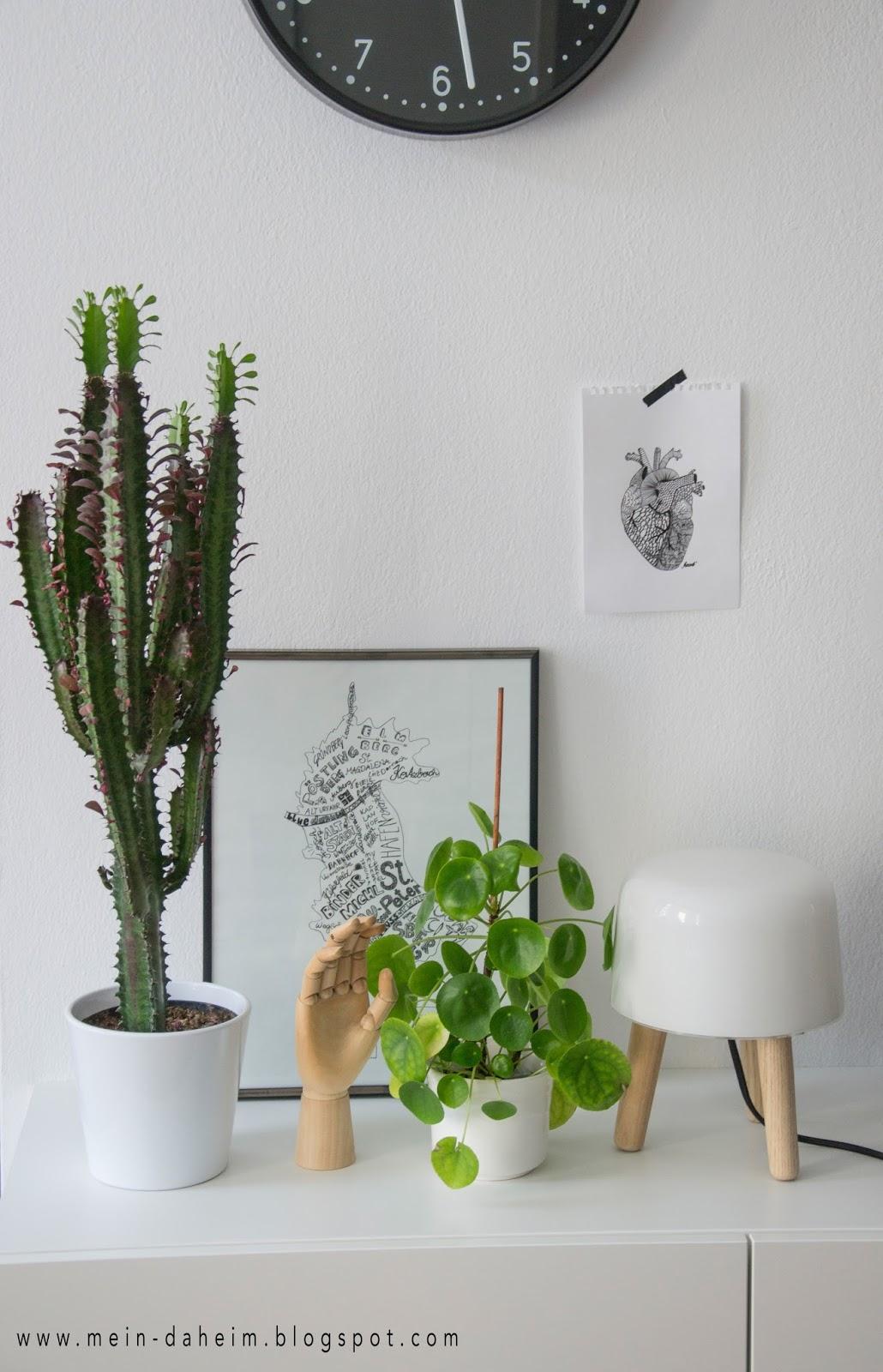 mein daheim interior modernes pflanzenteil aka pilea peperomioides. Black Bedroom Furniture Sets. Home Design Ideas