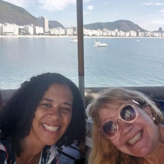 Marta Paes e Olivia Souza Cruz