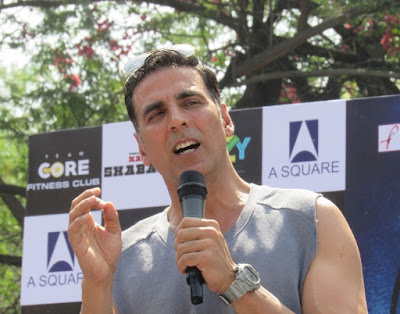 girls-should-hit-back-if-touched-inappropriately-says-akshay-kumar