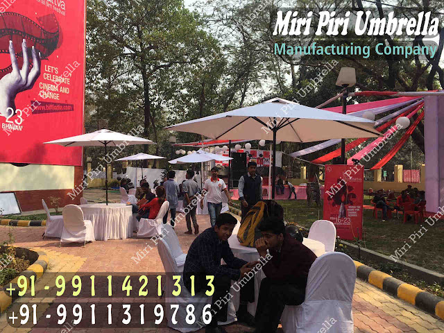 White Umbrella for Events, hire wedding umbrellas, Umbrella for Exhibition, outdoor umbrella hire, white umbrella for events, umbrella for sporting events, Umbrella for Parties,