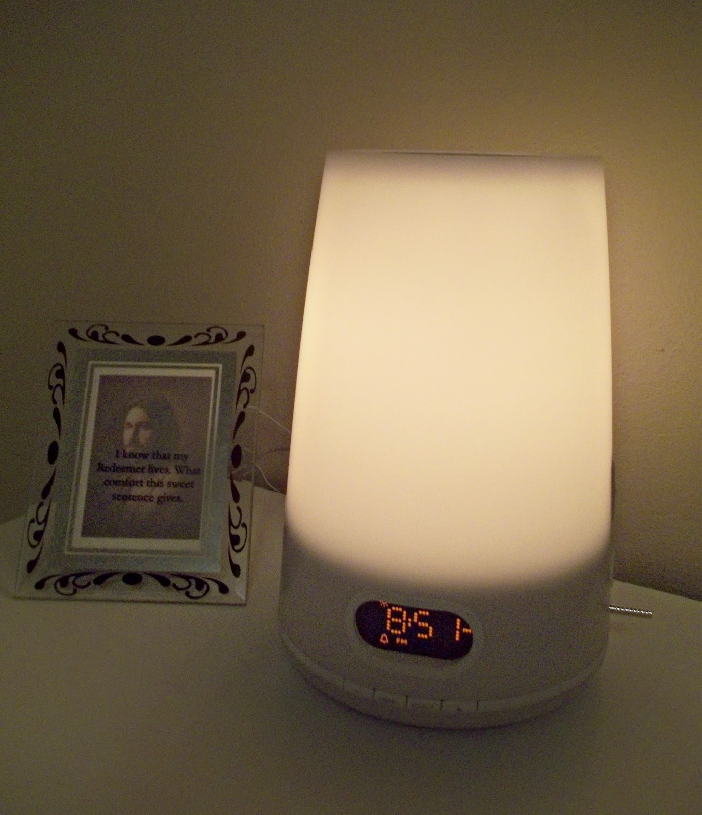philips wake up light review great gadget giveaway. Black Bedroom Furniture Sets. Home Design Ideas