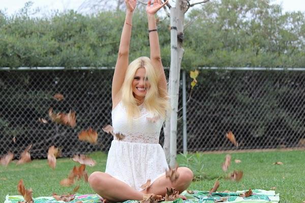 Anne-Cohen-The-Autumn-Leaves-Fall-arcwrites-self-help