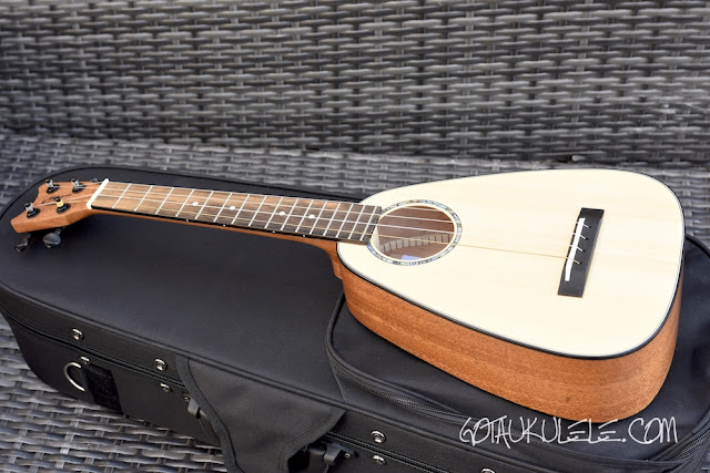 Romero Creations Tiny Tenor Ukulele