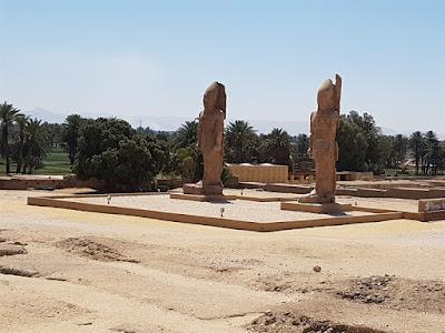 Colosos de Amenofis III