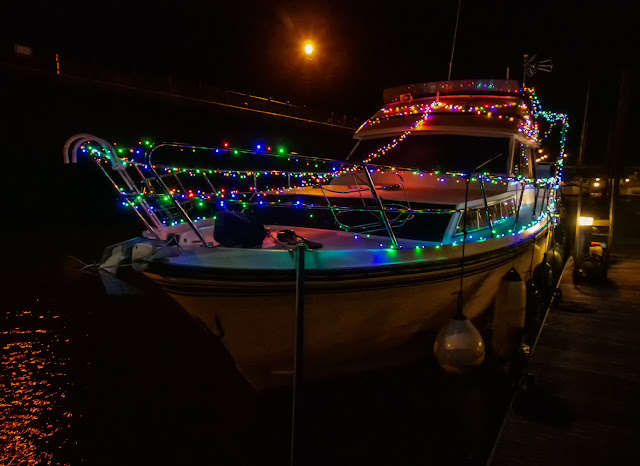 Photo of another view of Ravensdale's Christmas lights