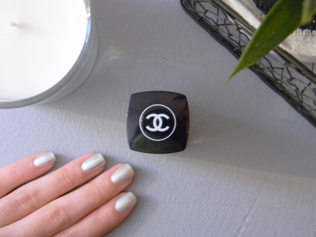 Le vernis nail colour 645 Paradisio Chanel