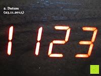 Datum 23.11.2015: kwmobile Wecker Digital Uhr aus Holz mit Geräuschaktivierung, Temperaturanzeige und Tastaktivierung