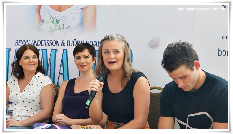 Mamma Mia pertunjukan kelas dunia yang layak dinikmati