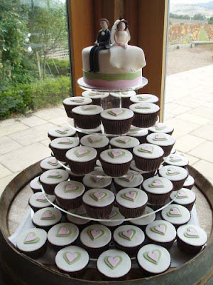 wedding cake and cupcake ideas c 243 mo hacer un pastel de bodas con cupcakes manuales de 21729