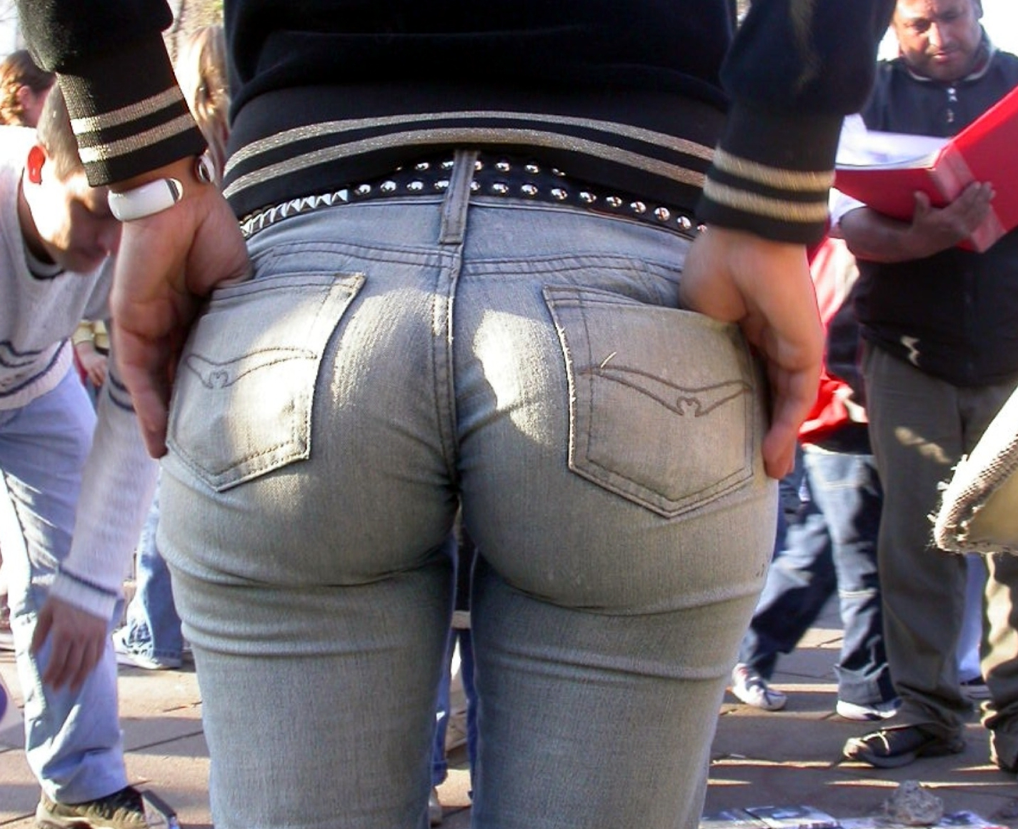 big butt in tight jeans