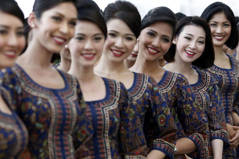 Fly Gosh Singapore Airlines Cabin Crew Flight