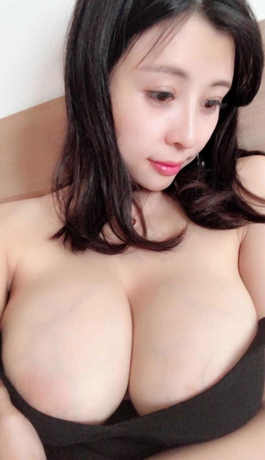 aHR0cHM6Ly93d3cubXlteXBpYy5uZXQvZGF0YS9hdHRhY2htZW50L2ZvcnVtLzIwMTkwOC8yMC8wODM0MTd6ODNtOGlrazZtZXQ4dmg0LmpwZy50aHVtYi5qcGc%253D - 成都瓶儿 - Chengdu Pinger big tits selfie nude 2020