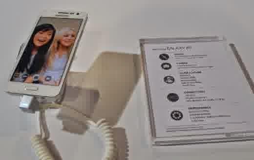 Harga dan Spesifikasi Samsung Galaxy A3