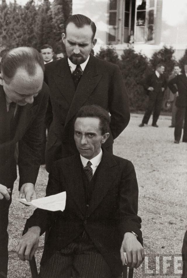 Josef Goebbels posing worldwartwo.filminspector.com