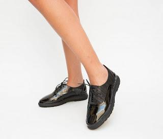 Pantofi Casual Pacepa Negri din piele eco lacuita la moda