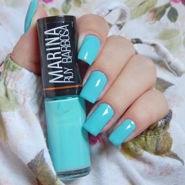 esmalte-azul-turquesa